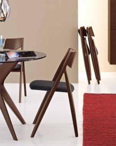 10_скадные стулья